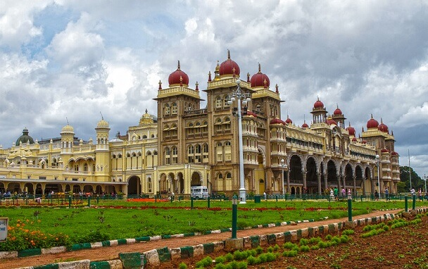 Mysore-Tour-Packages-from-Bangalore