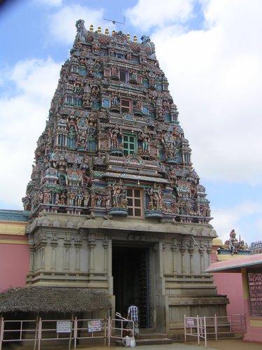 rajarajeswari-temple-bangalore.jpg